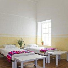 Отель Casa San Ildefonso 3* Кровать в мужском общем номере фото 4