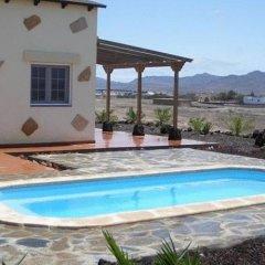 Отель Villas La Fuentita Лас-Плайитас бассейн