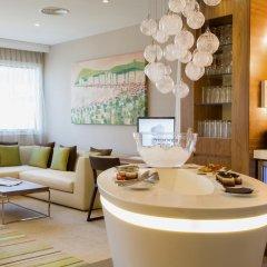 Отель Hilton Barcelona 4* Представительский номер с различными типами кроватей фото 3