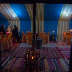 Отель Auberge Sahara Garden Марокко, Мерзуга - отзывы, цены и фото номеров - забронировать отель Auberge Sahara Garden онлайн интерьер отеля