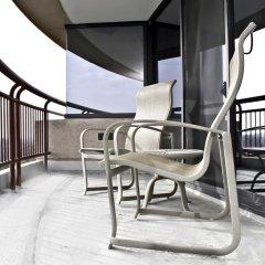 Отель Bethesda Marriott Suites США, Бетесда - отзывы, цены и фото номеров - забронировать отель Bethesda Marriott Suites онлайн балкон