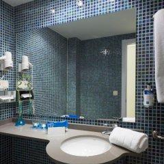 Отель TRYP Valencia Feria ванная фото 3