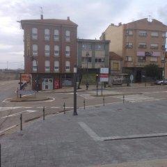 Отель Hostal Plaza Каррисо парковка