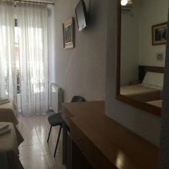 Отель Hostal Residencia Lido Стандартный номер с различными типами кроватей фото 14