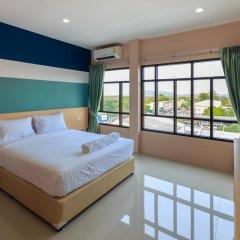 Отель JJ Residence Phuket Town 3* Улучшенный номер с различными типами кроватей фото 3