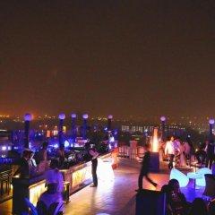 Отель The Royal Plaza Индия, Нью-Дели - отзывы, цены и фото номеров - забронировать отель The Royal Plaza онлайн пляж
