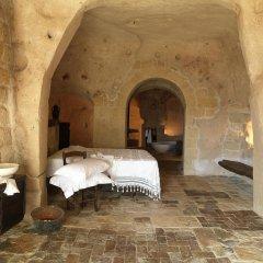 Отель Sextantio Le Grotte Della Civita 4* Улучшенный номер