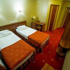 Амакс Визит Отель 3* Номер Бизнес с 2 отдельными кроватями