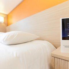 Отель Premiere Classe Paris Ouest - Pont de Suresnes удобства в номере фото 2