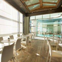 Отель Radisson Blu 1835 Hotel & Thalasso, Cannes Франция, Канны - 2 отзыва об отеле, цены и фото номеров - забронировать отель Radisson Blu 1835 Hotel & Thalasso, Cannes онлайн гостиничный бар