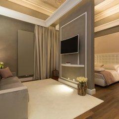 Отель Le Quattro Dame Luxury Suites Рим комната для гостей фото 4