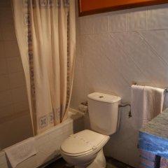 Отель Posada La Llosa de Viveda ванная