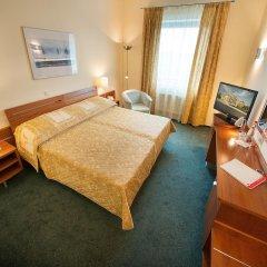 Ramada Airport Hotel Prague 4* Стандартный номер с различными типами кроватей фото 5