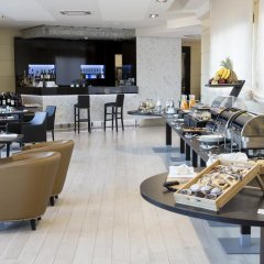 Radisson Blu GHR Hotel, Rome гостиничный бар