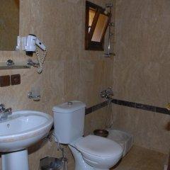 Отель Selanik Pansiyon ванная фото 2