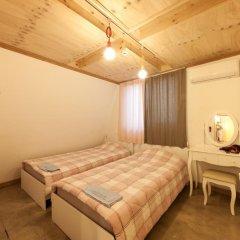 Lazy Fox Hostel Стандартный номер с 2 отдельными кроватями фото 3