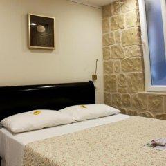 Отель Palace Queen Mary Luxury Rooms 4* Улучшенная студия с разными типами кроватей фото 9