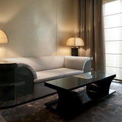 Armani Hotel Milano 5* Номер Делюкс с двуспальной кроватью фото 3