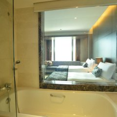 Peninsula Excelsior Hotel 4* Стандартный номер с различными типами кроватей фото 6