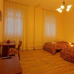 Отель Enjoy Inn 3* Номер Комфорт фото 4