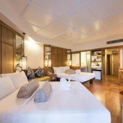 Отель Katathani Phuket Beach Resort 5* Номер Делюкс с двуспальной кроватью фото 4