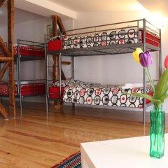 Отель Inn Chiado Кровать в общем номере с двухъярусной кроватью фото 3