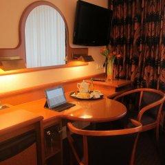 Hotel Atrium 3* Стандартный номер с двуспальной кроватью фото 3