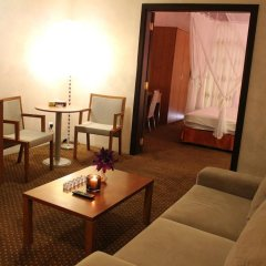 Al Fanar Palace Hotel and Suites 3* Люкс с различными типами кроватей фото 9