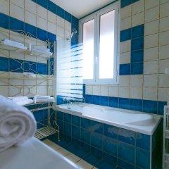 Отель Hôtel La Fiancée Du Pirate Франция, Ницца - отзывы, цены и фото номеров - забронировать отель Hôtel La Fiancée Du Pirate онлайн ванная фото 4