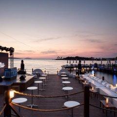 Отель Rixos Premium Bodrum - All Inclusive Голькой гостиничный бар фото 2