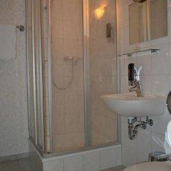 Hotel Walfisch 2* Стандартный номер с различными типами кроватей фото 8