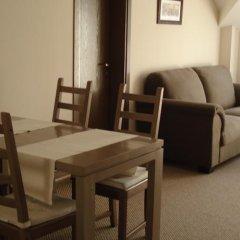 Отель Guest Rooms Granat в номере