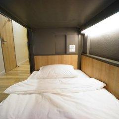BRB Hostel Bangkok Silom Кровать в общем номере с двухъярусной кроватью фото 12