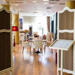 Отель Diplomat Hotel & SPA Албания, Тирана - отзывы, цены и фото номеров - забронировать отель Diplomat Hotel & SPA онлайн питание фото 3