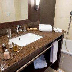 Отель Terrou Bi And Casino Resort Дакар ванная фото 2