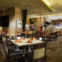 Отель DoubleTree by Hilton Bethesda - Washington D.C. США, Бетесда - отзывы, цены и фото номеров - забронировать отель DoubleTree by Hilton Bethesda - Washington D.C. онлайн питание фото 2