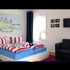 Отель FeWo II - VI Altstadt - Am grossen Garten Германия, Дрезден - отзывы, цены и фото номеров - забронировать отель FeWo II - VI Altstadt - Am grossen Garten онлайн комната для гостей фото 3