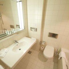 Отель Holiday Inn Berlin City-West 4* Стандартный номер с двуспальной кроватью фото 3