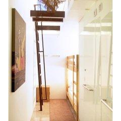 Отель 5footway.inn Project Ann Siang 2* Номер Делюкс с различными типами кроватей фото 2