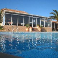 Отель Gite Nadia бассейн