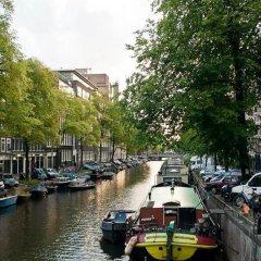 Отель The Hoop Houseboat Нидерланды, Амстердам - отзывы, цены и фото номеров - забронировать отель The Hoop Houseboat онлайн приотельная территория