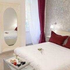 Отель Your Vatican Suite Номер Делюкс с двуспальной кроватью фото 6