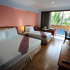 Karnmanee Palace Hotel 4* Улучшенный номер с различными типами кроватей фото 7