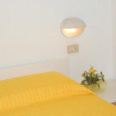 Hotel Grazia 2* Стандартный номер с двуспальной кроватью фото 12