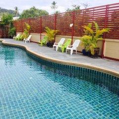 Mei Zhou Phuket Hotel бассейн