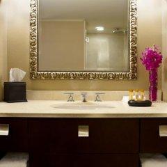Отель Wyndham Grand Chicago Riverfront 4* Номер Делюкс с различными типами кроватей фото 4