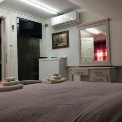 Отель Guesthouse Athos 2* Стандартный номер с двуспальной кроватью (общая ванная комната) фото 2