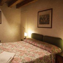 Отель Locanda Ai Santi Apostoli 3* Стандартный номер с различными типами кроватей фото 23