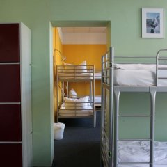 Отель St Christophers Inn Berlin Кровать в общем номере с двухъярусной кроватью фото 29