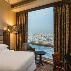 Отель Four Points by Sheraton Kuwait комната для гостей фото 3